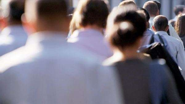 Close up upper body shot city commuters walking to work shot on RED EPIC Royalty-free stock video