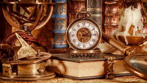lowest price 5d7d9 a6dc1 Vintage book, compass, telescope and a pocket watch lying on ancient world  map in 1565.