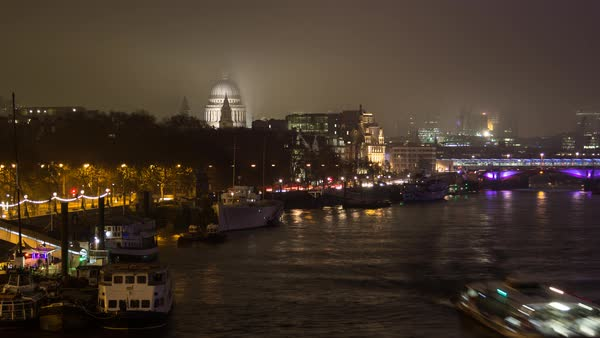 Fog and low cloud moves over St Pauls and the City of London. Royalty-free stock video
