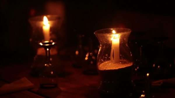 Night Restaurant Candles Burn On Table Mexico Dark Night Outdoor - Restaurant table candles