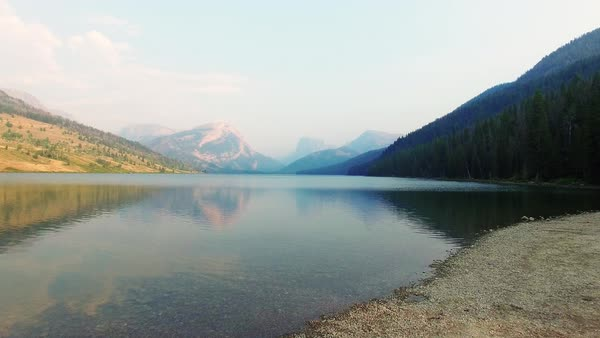 Wide shot of a lake in Wyoming, USA Royalty-free stock video