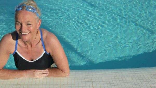 Mature woman in swimming pool Royalty-free stock video