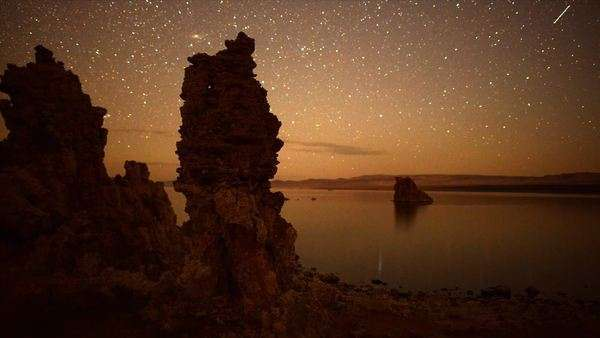 Scenic Mono Lake California at night Royalty-free stock video