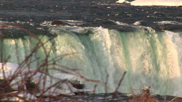 The Niagara River washes over Horseshoe Falls. Royalty-free stock video
