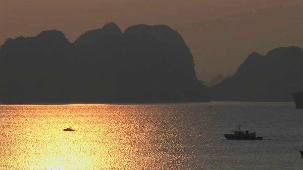 A beautiful sunset over the Ha Long Bay in Vietnam. Royalty-free stock video
