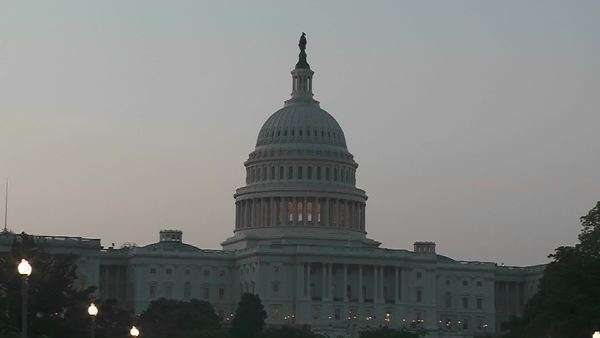 The Capitol Building in Washington DC at dusk. Royalty-free stock video