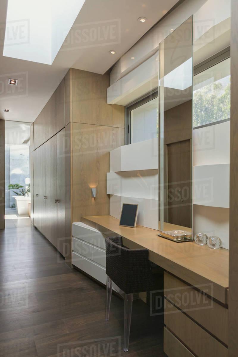 Modern luxury home showcase home office desk D1007_5_291