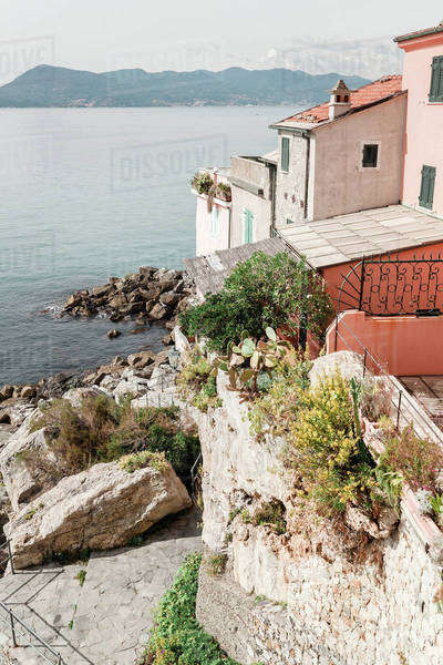 Villas on a cliff by the sea Royalty-free stock photo