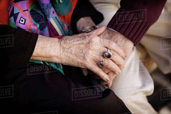 Close-up of senior couple's hands Royalty-free stock photo