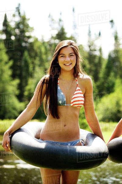 Novia adolescente italiana desnuda