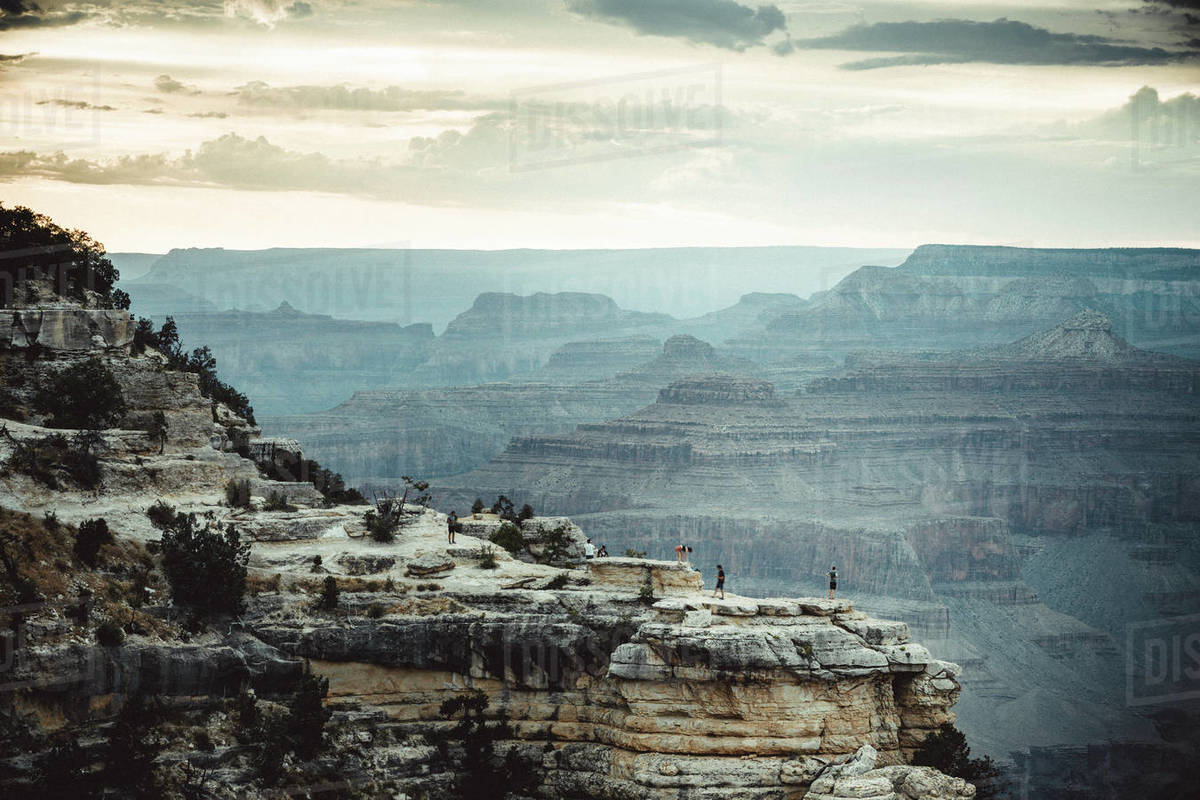 People over cliffs rocks in grand Canyon Royalty-free stock photo