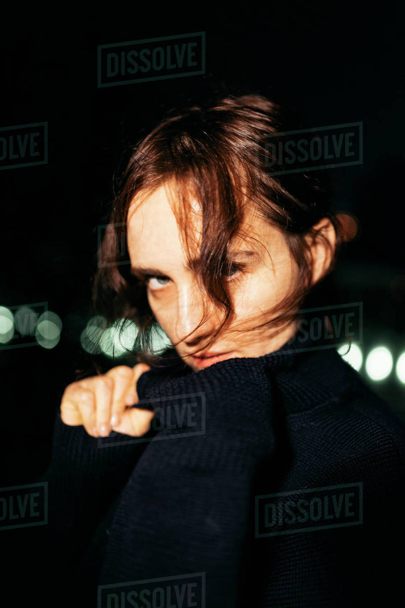 Close-up night portrait of a beautiful woman Royalty-free stock photo