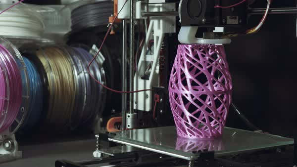 3D printer printing a complex artistic vase Royalty-free stock video