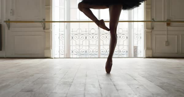 Ballet dancer performing a pirouette, slow motion Royalty-free stock video