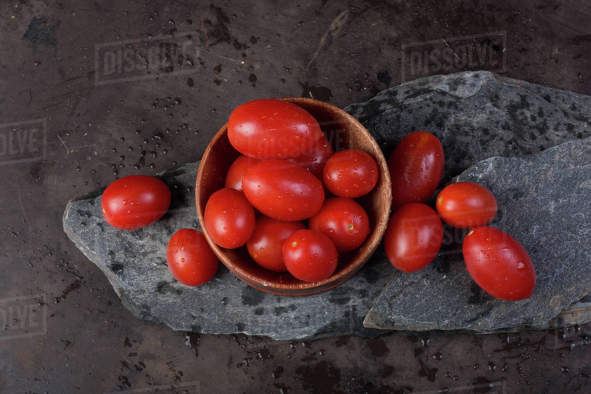Fresh red tomatoes Royalty-free stock photo