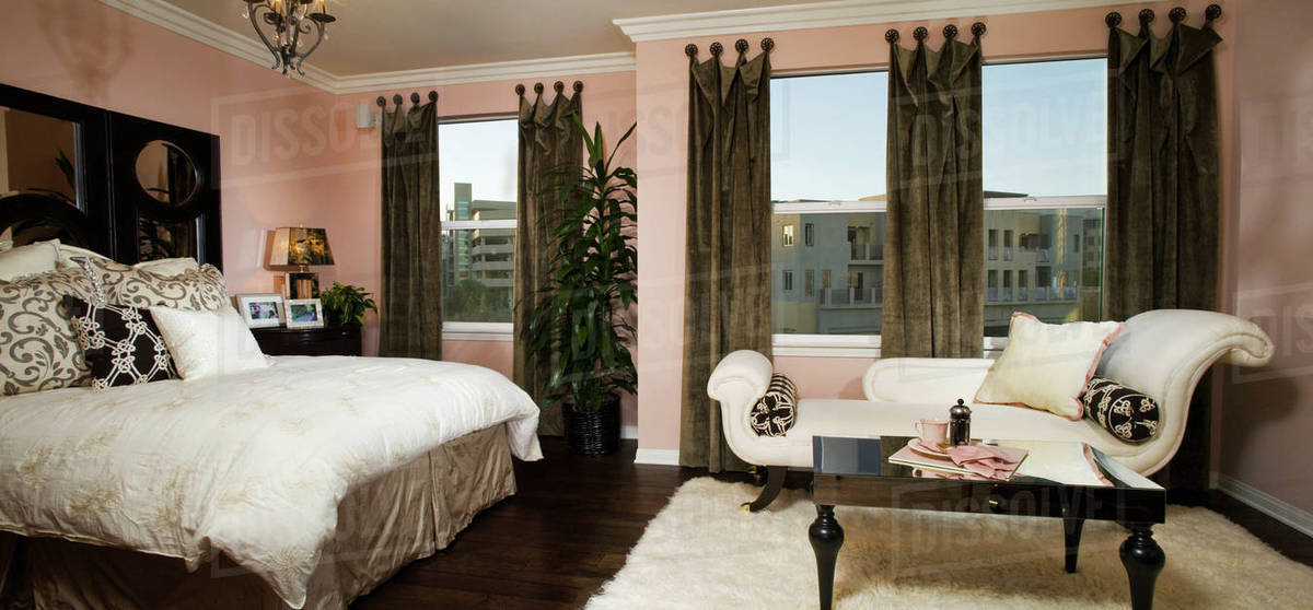 Elegant master bedroom with chaise lounge D145_203_485