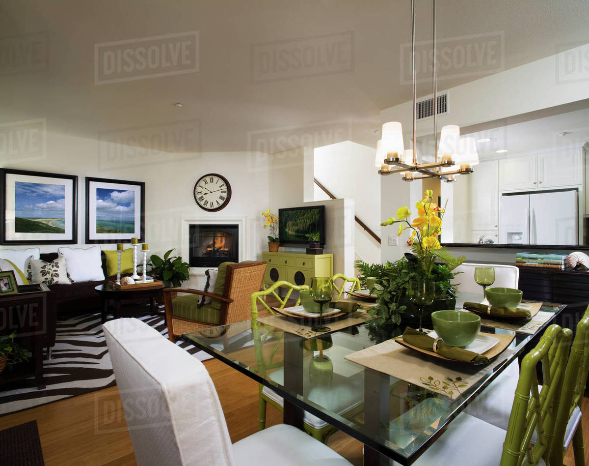 Dining Room And Living With Jungle Theme