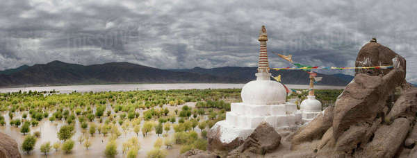 Stupas and small shrines near the Yarlung river Royalty-free stock photo
