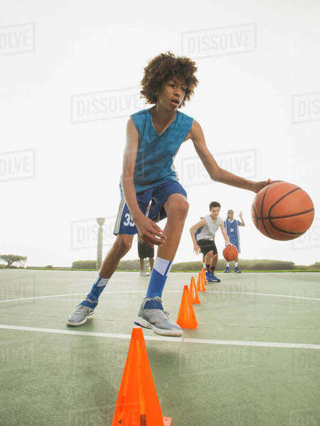 Basketball team doing drills at practice Royalty-free stock photo