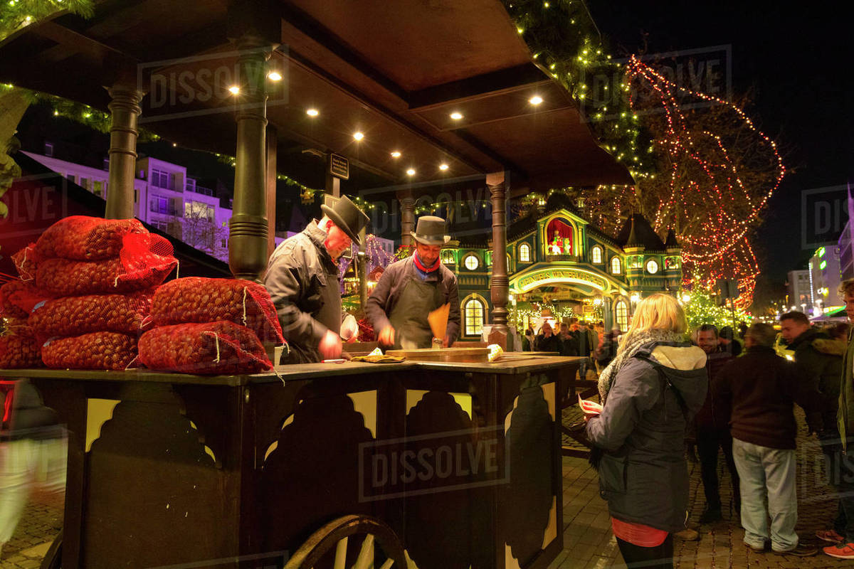 Roasted Chestnut Vendors, Cologne Christmas Market, Cologne, North Rhine-Westphalia, Germany, Europe Royalty-free stock photo