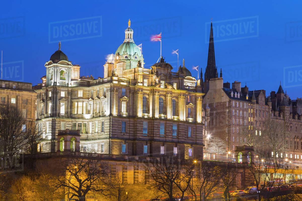 Bank of Scotland HQ and Old Town, UNESCO World Heritage Site, Edinburgh, Scotland, United Kingdom, Europe Royalty-free stock photo