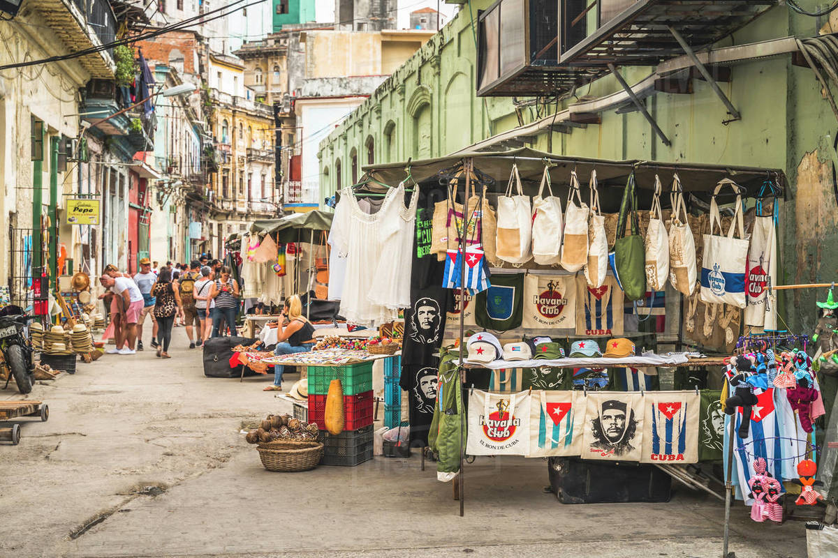 Local souvenir market, La Habana (Havana), Cuba, West Indies, Caribbean, Central America Royalty-free stock photo