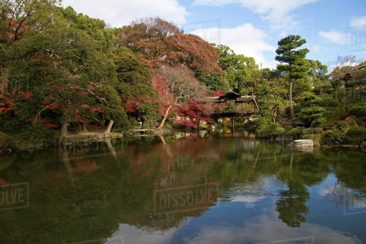 The gardens of Shosei-en, Kyoto, Japan, Asia - Stock Photo - Dissolve