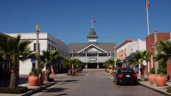 Balboa Beach At Newport California Ca Harborside Pavilion In An Exclusive Village Royalty