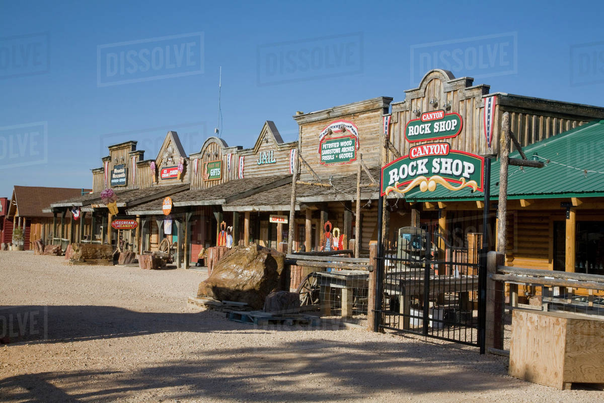 ut ruby 39 s inn old bryce town a tourist attraction. Black Bedroom Furniture Sets. Home Design Ideas