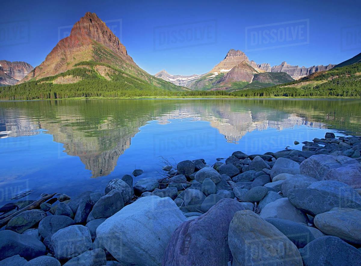 usa montana glacier national park swiftcurrent lake many glacier