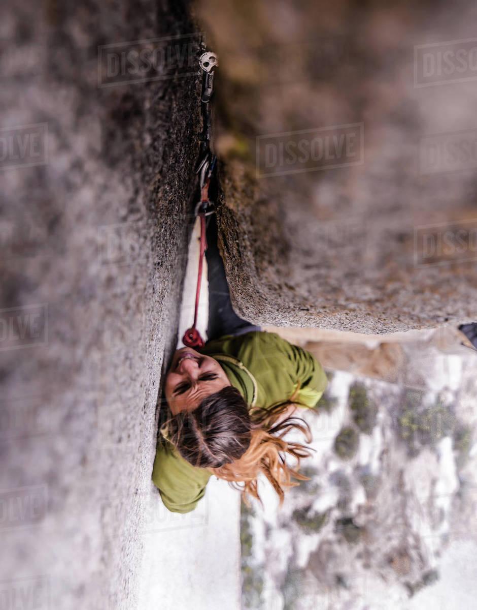 Climber trad climbing, Pine Creek, Bishop, California, USA Royalty-free stock photo