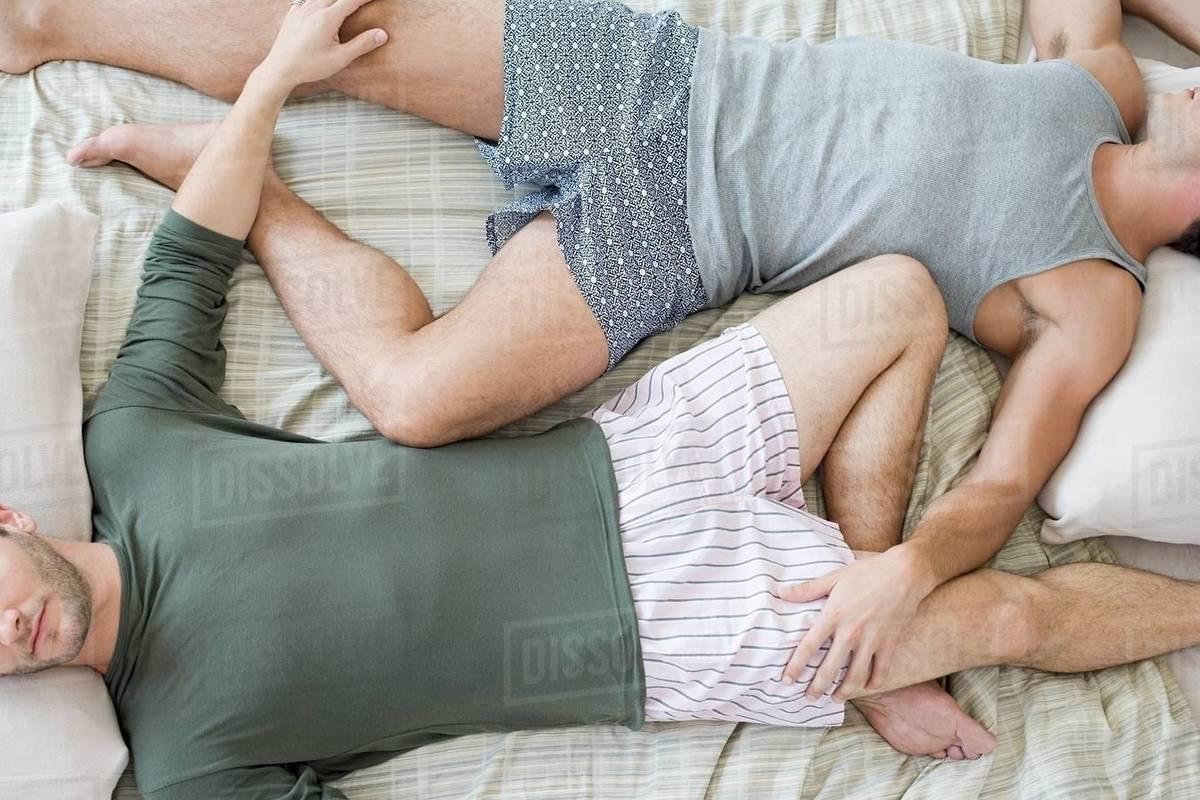 Free sleeping gay