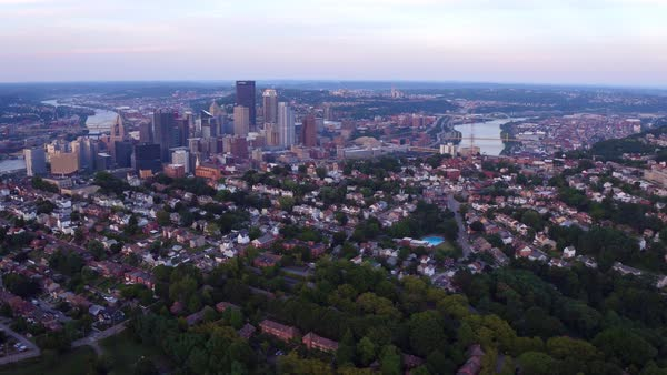 Aerial view of Pittsburgh, Pennsylvania at dusk Royalty-free stock video