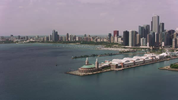 Aerial shot of Navy Pier and downtown Chicago.   Royalty-free stock video