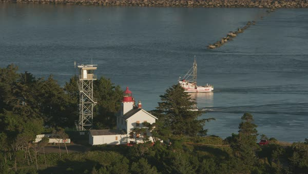 Aerial shot of Yaquina Bay Lighthouse.   Royalty-free stock video