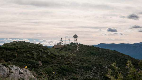 Profile timelapse of Radar and antennas over mountain Royalty-free stock video