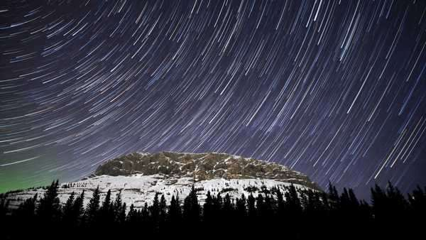 Star Trails over King Creek Ridge in Kananaskis, Alberta Royalty-free stock video