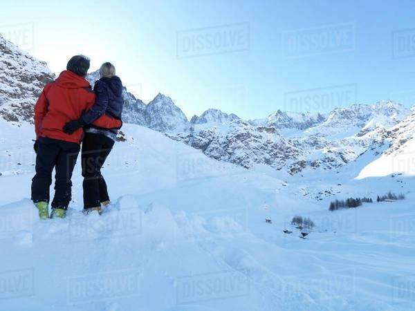 Couple viewing the mountains Royalty-free stock photo