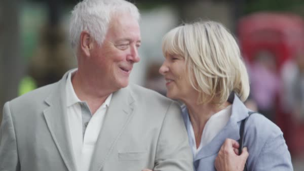Portrait of happy mature couple outdoors in the city of London. Royalty-free stock video