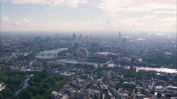 Epic aerial view of the city of London and all it's landmarks Royalty-free stock video