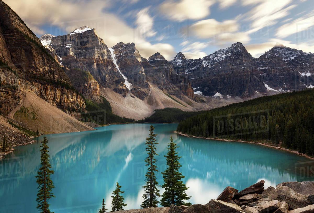 Scenic View Moraine Lake Banff National Park Alberta Canada D943 212 031