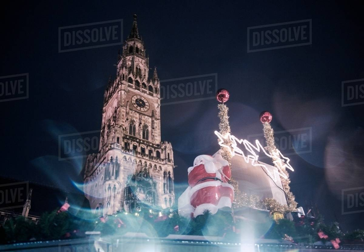 Christmas In Munich Germany.Christmas Decoration And The New Rathaus Town Hall In Marienplatz Munich Germany Stock Photo