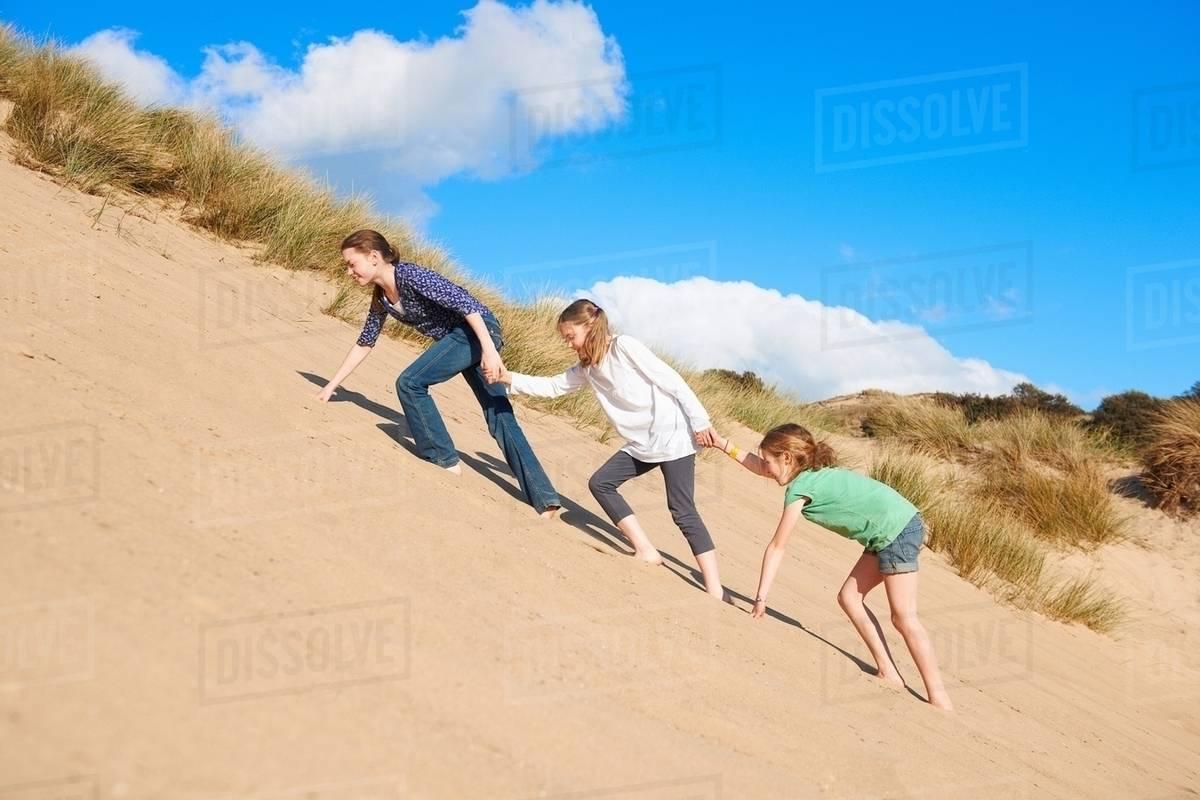 dune girls Sand