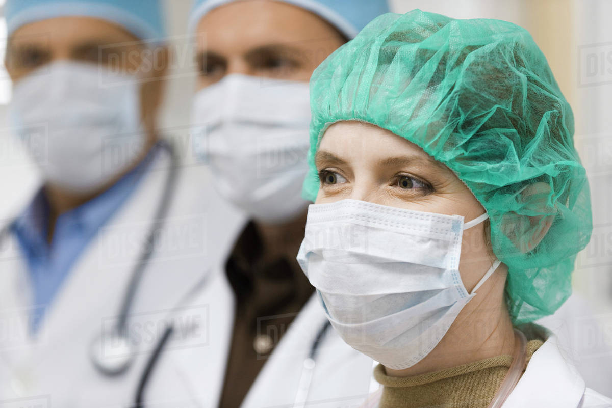 Doctors 789 D984 Wearing Surgical Masks 41