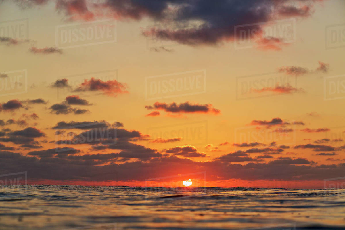Tranquil sunset over ocean horizon, Punta de Mita, Nayarit, Mexico Royalty-free stock photo
